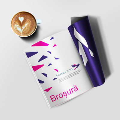 https://www.flyerprint.ro/images/products_gallery_images/brosura-a5-mockup-k1045.jpg